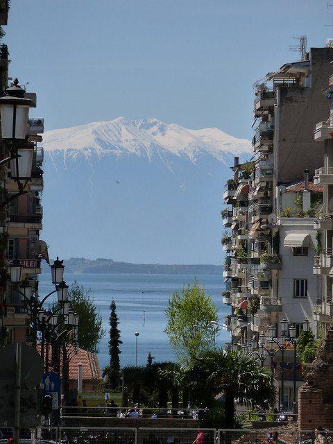 TRAVEL'IN GREECE I Olympus view from Navarino square. #Thessaloniki, #Greece, #travelingreece