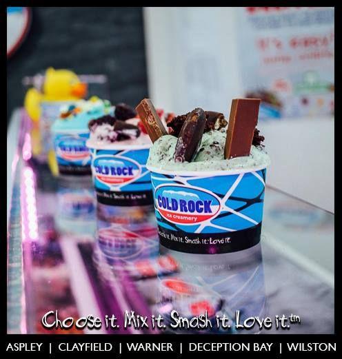 all mixed up ice cream ready to serve #coldrock open till late #latenighticecream