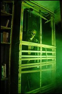 13 Haunted Houses That Will Make You Wet Your Pants