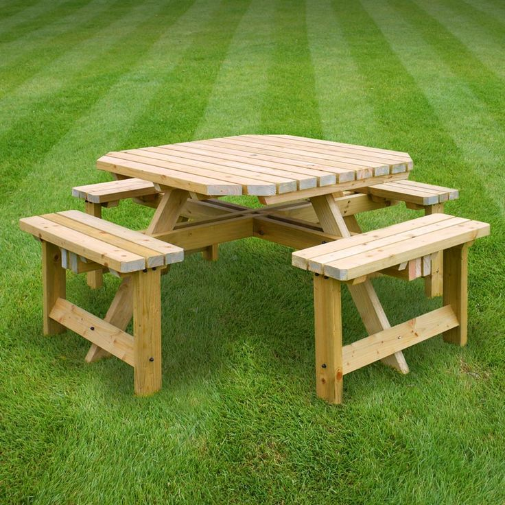 Whitwell picnic table (available in light green/rustic brown