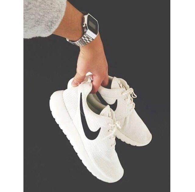 bdc61d271a5 Nike Roshe Run