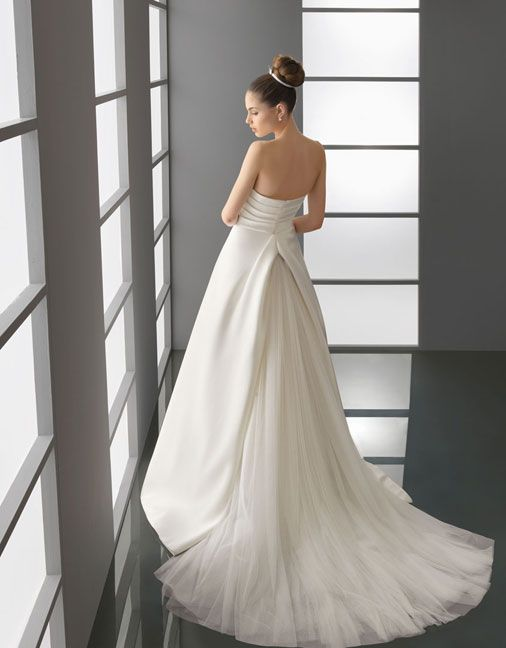 A-line satin sleeveless bridal gown,Style No.0bg00444,US$388.00   Read More:    http://weddingspurple.com/index.php?r=a-line-satin-sleeveless-bridal-gown-2.html