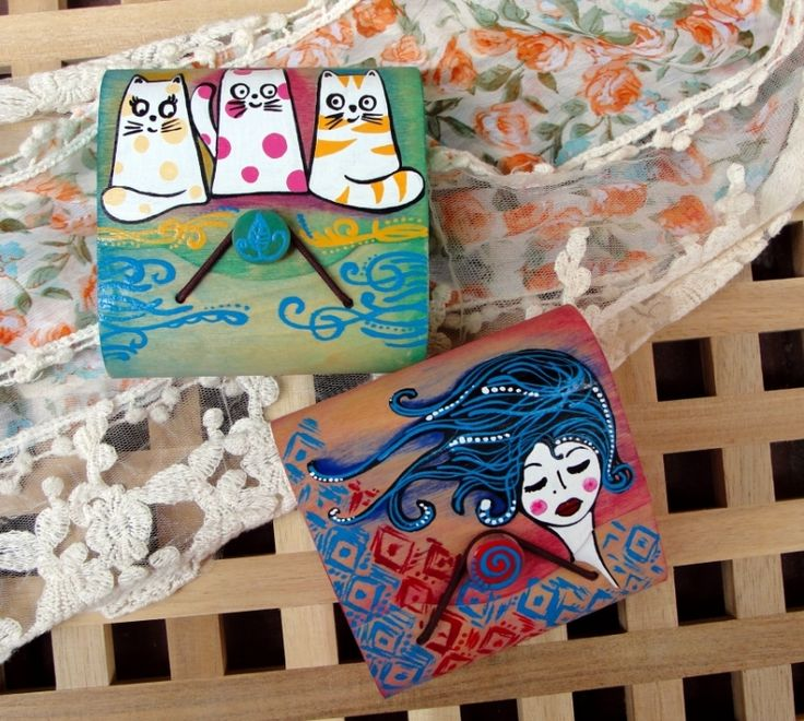 "Hand painted wood wallet. Portofel din lemn: ""Fashionista"" sau ""Cat lover"""