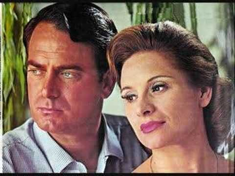 Gé Korsten and Nellie Du Toit sing the Brindisi