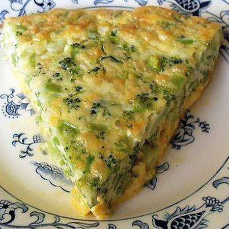 Crustless but still delicious! Try this crustless #broccoli #quiche