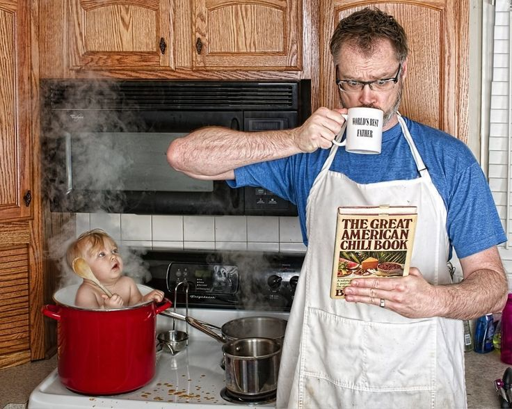 As for how long they'll keep doing it, Engledow said his little girl will be the deciding factor. | This Dad's Pictures With His 3-Year-Old Show Just How Hilarious It Is To Be A Father
