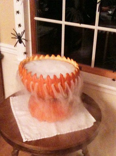 Halloween party idea - Dry ice pumpkin cauldron