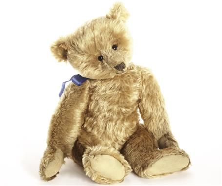 Lot 1004 – An early Steiff, five claw, – The Jena Pang Collection of Teddy Bears 04 Dec 2014