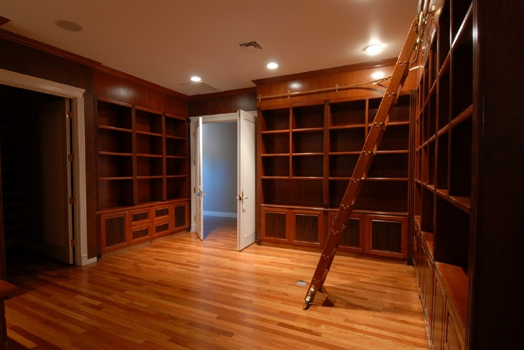 A small home library Arielle would approve of. It does need more lighting though.