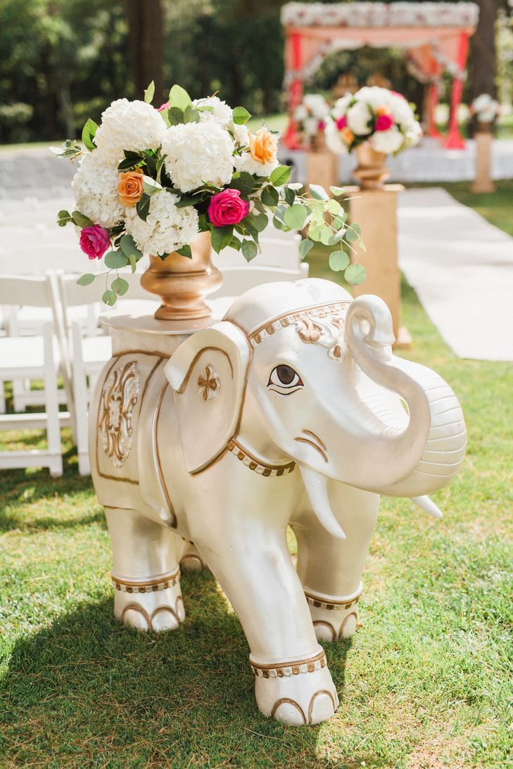 Featured on The Knot, An Elegant Indian Wedding in…