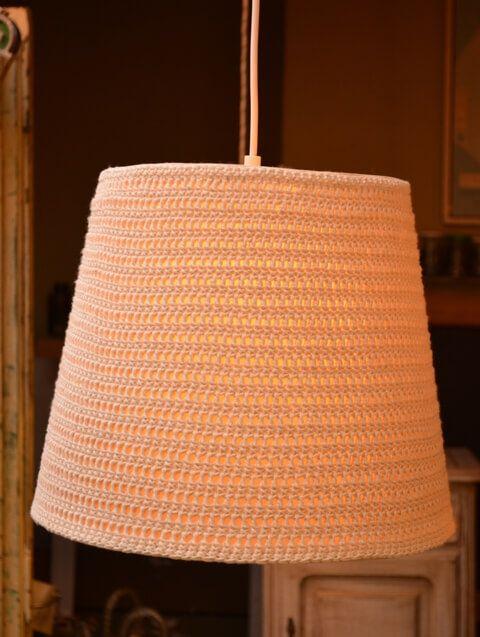 Lámpara crochet cruda   Taller El Guatan