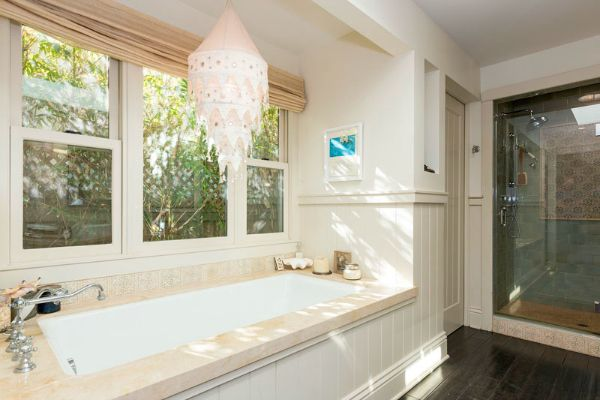 Malibu Mobile Home With Lots Of Great Mobile Home: Top 25+ Best Mobile Home Bathtubs Ideas On Pinterest