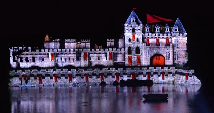 La Cinéscénie - Puy du Fou #Cinescenie #PuyduFou #Chateau #castle #spectacle #show