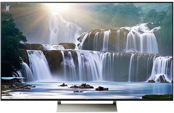 """Sony KD-55XE9005  Description: Sony KD-55XE9005: 55"""" Smart TV Als je op zoek bent naar een TV met prachtig beeld heldere kleuren en intenser contrast dan is de Sony KD-55XE9005 dé TV voor jou. De Sony KD-55XE9005 beschikt over de X-tended Dynamic Range technology waardoor er een scherper contrast ontstaat tussen wit- en zwarttinten. Hierdoor zie je de kleuren intenser en realistischer. Deze slimme Smart TV helpt jou om jouw favoriete series en films in een rap tempo te vinden door middel van…"""