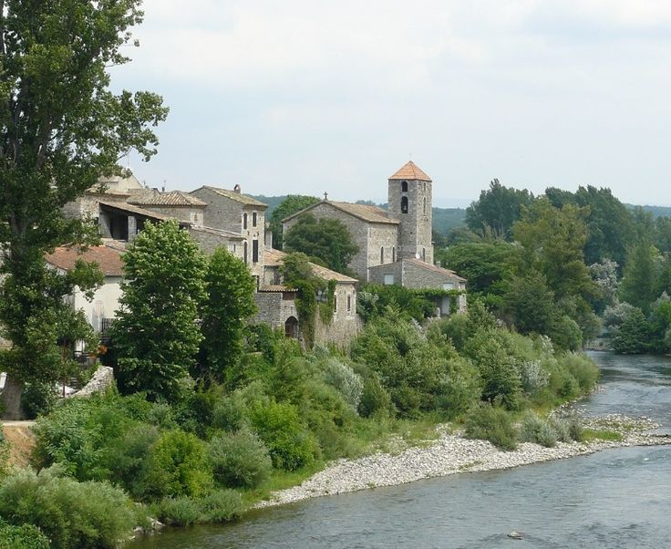 Les Plus Beaux Villages de France : Lanas