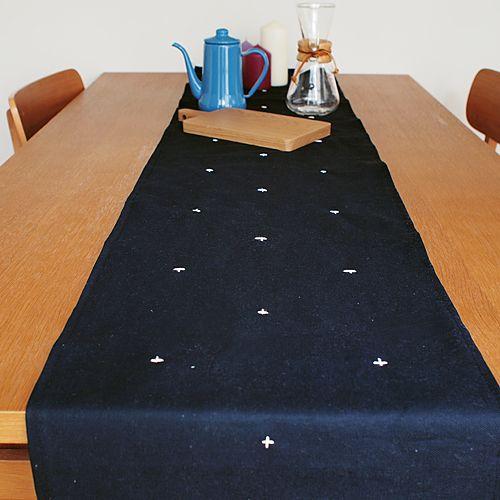 北欧デザインのテーブルランナーの作り方