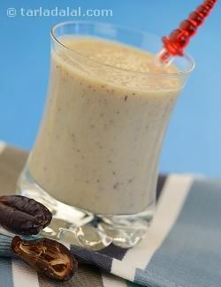 This shake is a great way to start your day, especially during your first trimester when you may have lost your appetite as a result of morning sickness. Dates are incredibly nutritious and so scrumptious¡