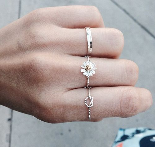 Adorable ring set