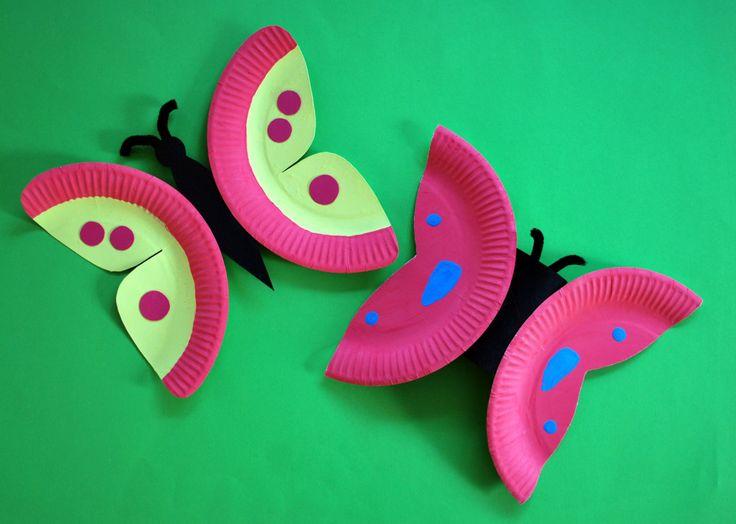 Schmetterlinge aus Papptellern