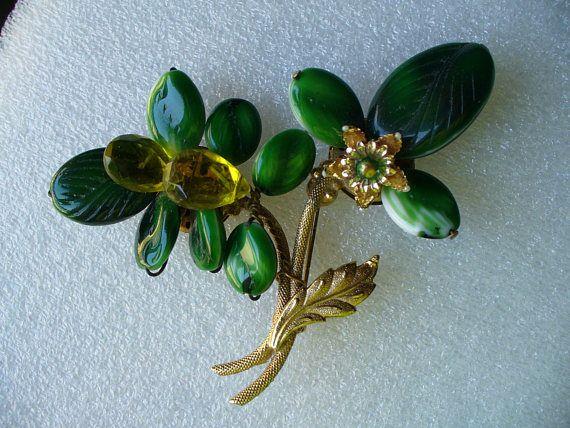 Vintage Wearin O The Green Plastic Shamrock Flower Pin