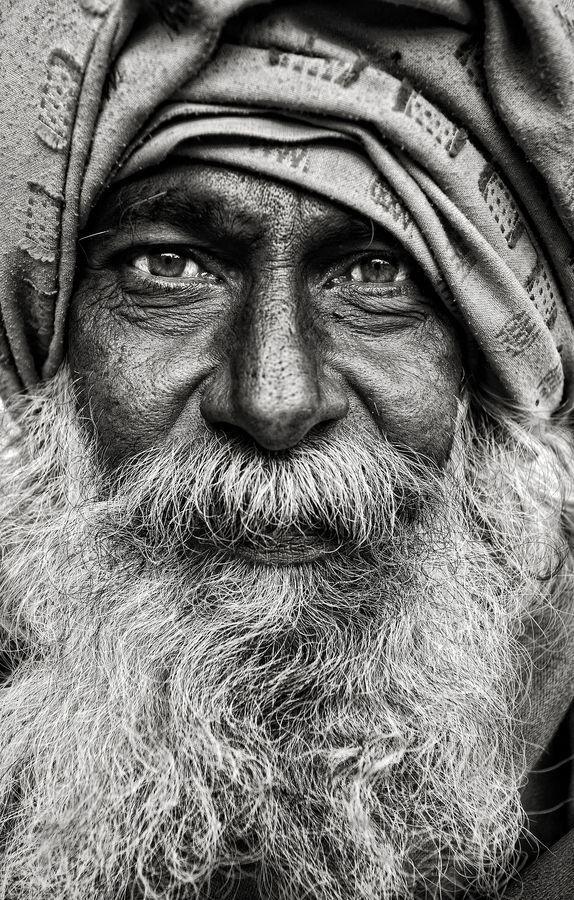 portrait: en face. sehr schönes schwarz-weiß portrait
