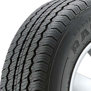 Hankook's RA07 has been developed for use with 4x4 and SUVs to enhance excellent traction both on and off-the-road. The design includes a wide tread ensuring precise steering response, while multi-kerfs provide the smooth ride of a passenger car tire. As required for use on vehicles of this type strong bead filler and a nylon edge cover are used for optimum steering stability. £109 www.goodgrip.co.uk/hankook