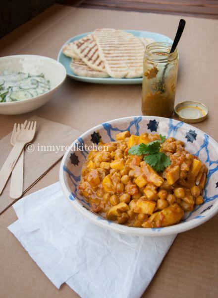 Kip Madras zonder pakjes, serveer met bruine rijst