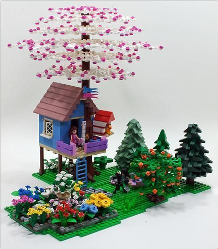I brick, Cherry blossoms LEGO friends tree house MOC ... | ReBrick | From LEGO Fan To LEGO Fan