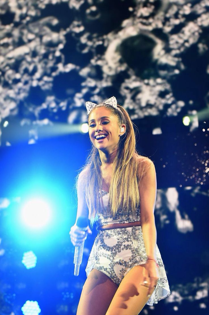 ☾amazing picture of the beautiful wonderful amazing magical creature she is love u ari