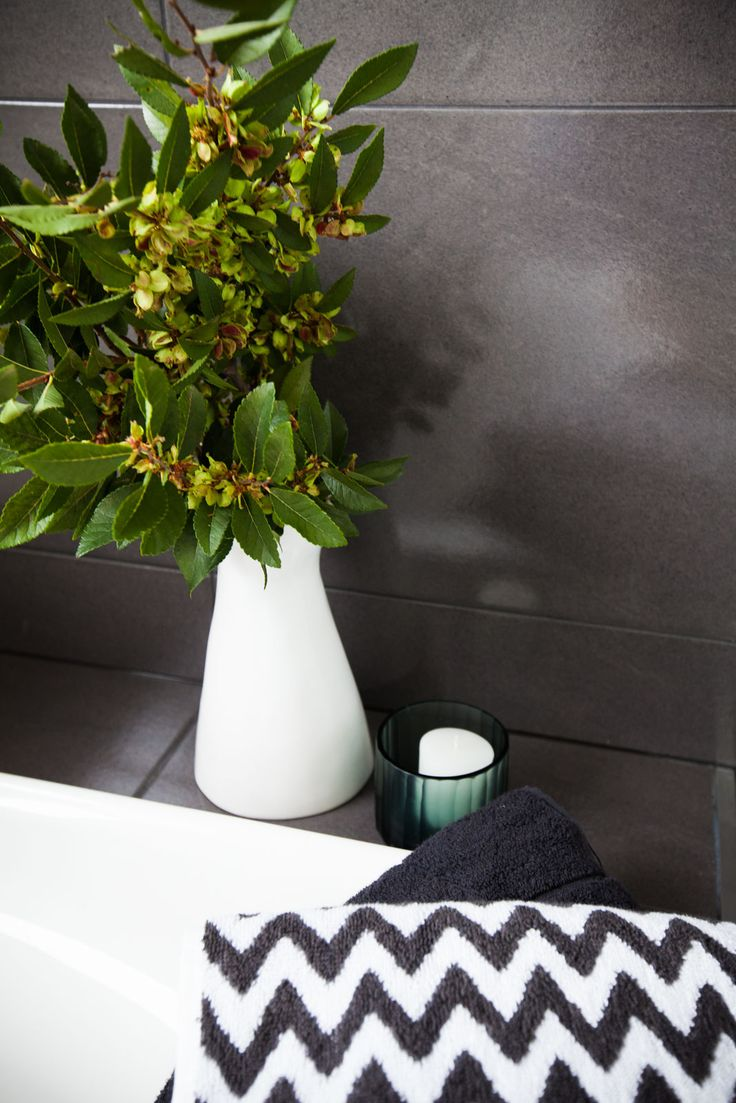 Shepperd Building Company / Fresh + Modern New Home / Bathroom