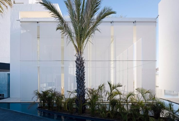 The All-White Amazing Decoration From A Luxury Hotel In Mexico | www.bocadolobo.com #homedecorideas #decorideas #luxuryhotel #hotels #exclusivedesign #interiordesign #allwhite @homedecorideas Luxury Hotel The All-White Amazing Decoration From A Luxury Hotel In Mexico The All White Amazing Decoration From A Luxury Hotel In Mexico 9
