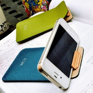 leather iphone stand!!!!Iphone Cases, Pouch Stands, Iphone Pouch, Stands Pouch, Leather Cases, Leather Iphone, Iphone Leather, Doital Leather, Iphone Stands