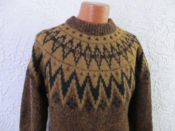 Vintage Men's Norwegian Wool Ski Sweater large