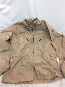 If you are in the military and part of the flight crew, or if you work in the aviation industry then you probably own Nomex 27/p flight suits. http://www.easy-articles.com/-----How-to-Maintain-your-Nomex-27p-Flight-Suits-AD38088.aspx