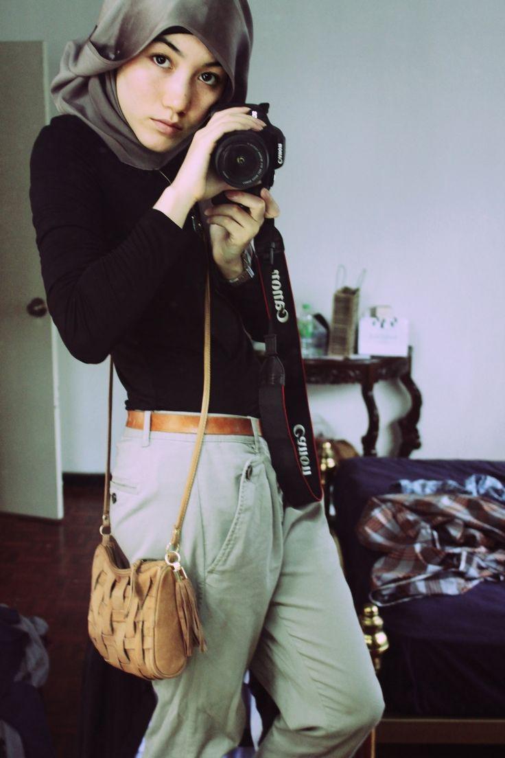 Hana Tajima, Muslim style blogger. Just adore her beauty and wicked style. Hijabi girl crush!
