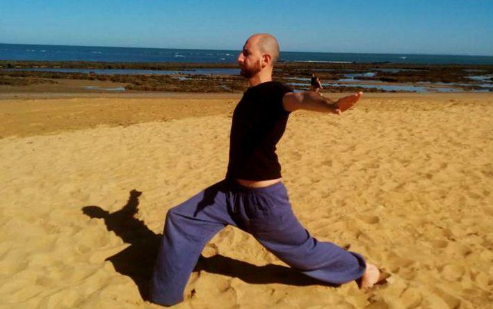 SUL NOSTRO SITO, http://www.spazioaries.it/Upload/DynaPages/yoga-qinami.php TUTTE LE INFORMAZIONI SUI CORSI ESTVI DI YOGA! Lunedì sera Hara Yoga con Mohini ore 19,30 e martedì sera Hara Yoga REF con Nur Elios Scoglio alle 19,00 http://www.spazioaries.it/Upload/DynaPages/yoga-qinami.php