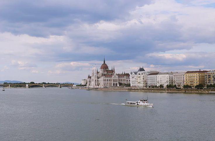 oana gociman | Budapest