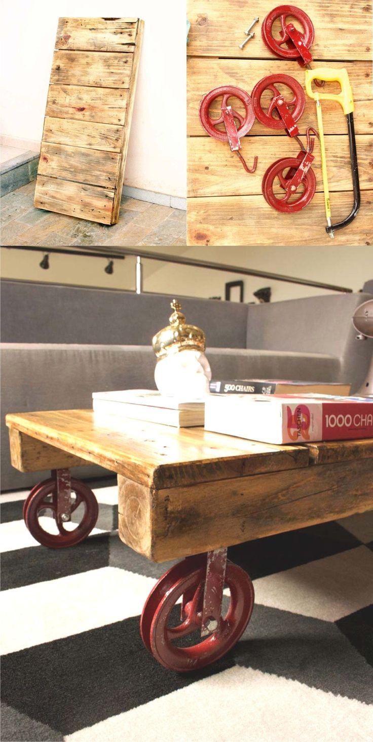 DIY Pallet Coffee Table with Pulley Wheels - homensdacasa.net - Mesita con palé y poleas