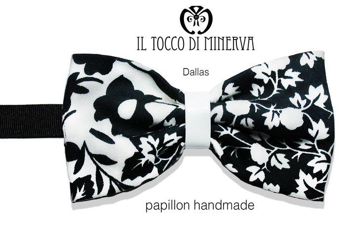 http://www.iltoccodiminerva.it/2015/04/papillon-dallas-nero-bianco-fantasia-floreale/ #papillon #man #moda #must #trend  #fashion #blackandwhite #black #white #ecopelle #pelle #accessori #tendenza #glam #handmade #cotone #must