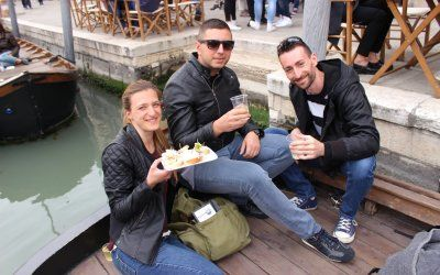 Sailing Bacaro Experience. Let a Local Jack take you to taste the real Venetian appetizers while moving trough the city on a traditional boat!