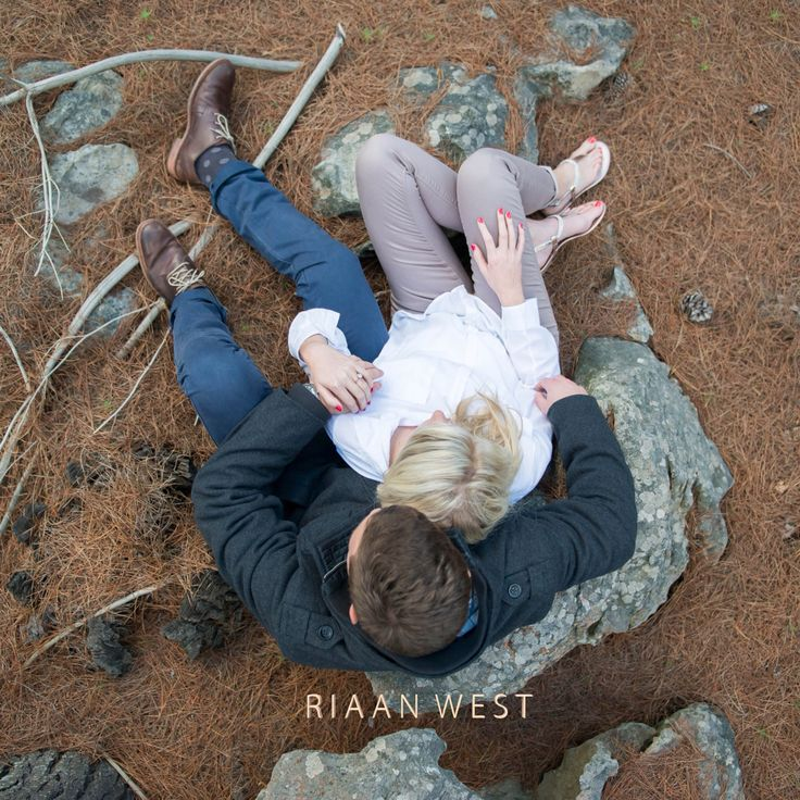 This type of #photography, shoot from a #topangle is becoming one of my favourite shots. I was very lucky to have a big #Rock on which i could stand to give me extra Hight other wise i would have used a ladder and that takes up time. #RiaanWest #FineArtWeddingphotography #Viewfromthetop #Engagementshoot #CreativeEngagements #ElginengagementShoot