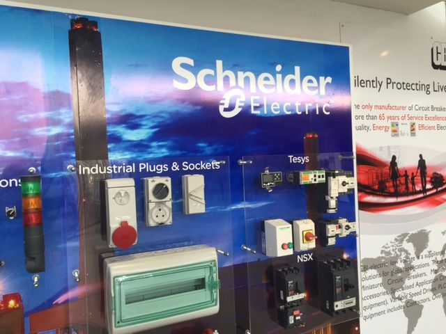 Product Display for industrial switches & sockets