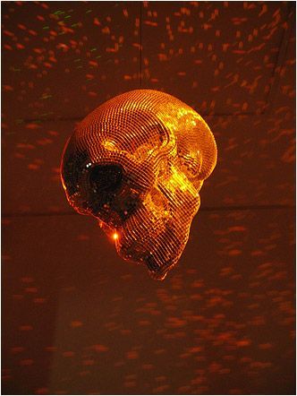 burning: Modern Art, Discs, Disco Decor, Artsy Fartsy, Badass Skull Shaped, Skull Art, Art Installation