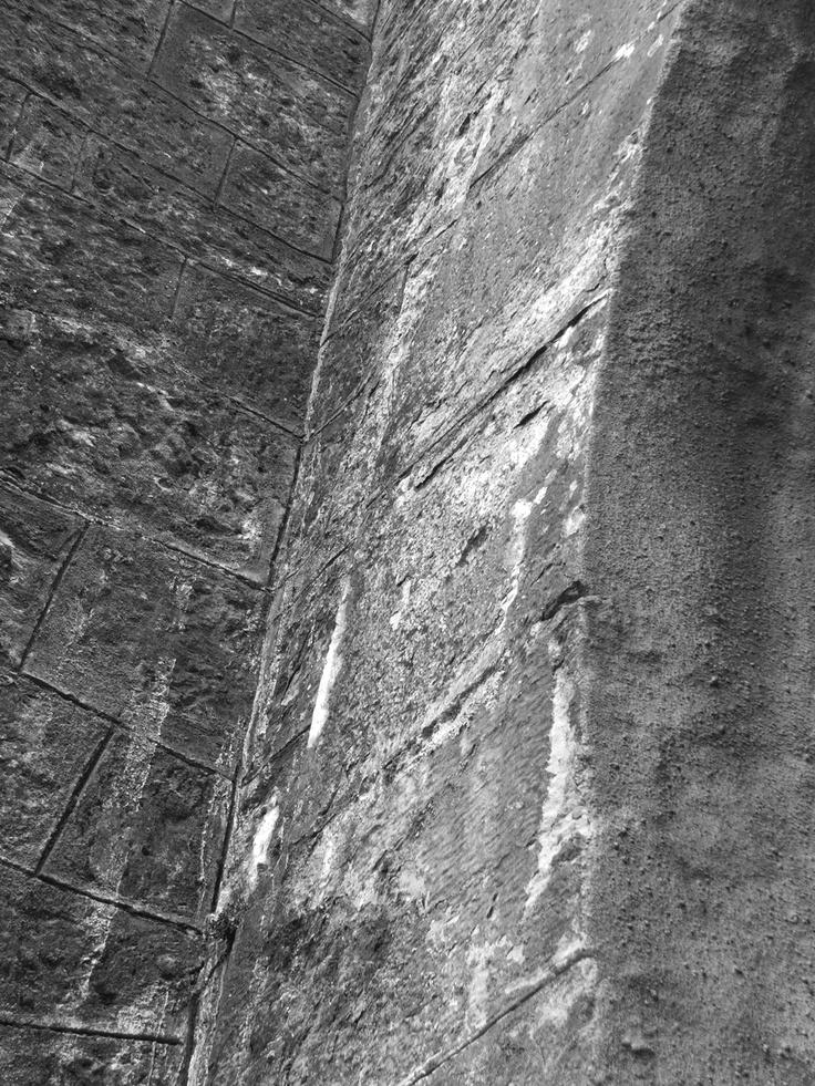 Parede da entrada do túnel ferroviário, Sapataria, Sobral de Monte Agraço, Autor: Nelson Gaspar