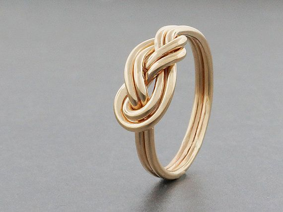 Hey, I found this really awesome Etsy listing at https://www.etsy.com/listing/240977912/alternative-engagement-ring-14k-solid