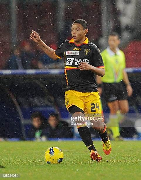 Luis Muriel of Lecce in action during the Serie A match between SSC Napoli and US Lecce at Stadio San Paolo on December 3 2011 in Naples Italy
