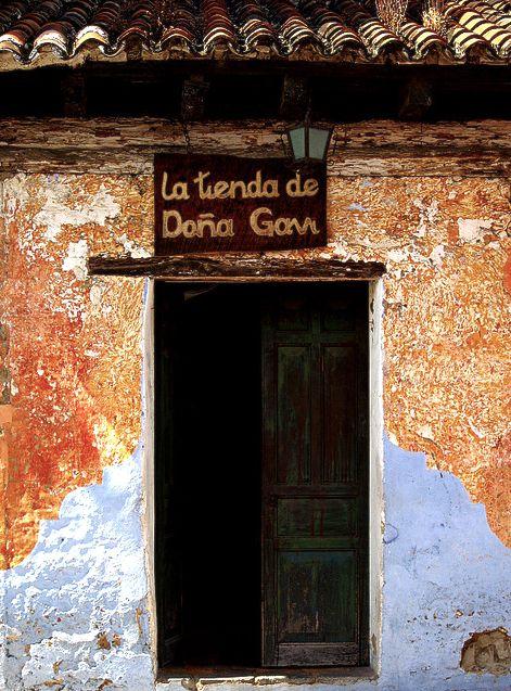 """"""" Doña Gavi"""". Antigua. Guatemala."""