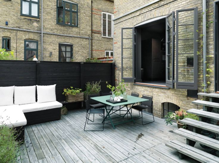 paint your fence in black exterior terrace pinterest. Black Bedroom Furniture Sets. Home Design Ideas