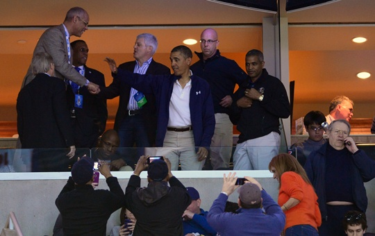 President Obama watches the Elite Eight, hangs out with RGIII
