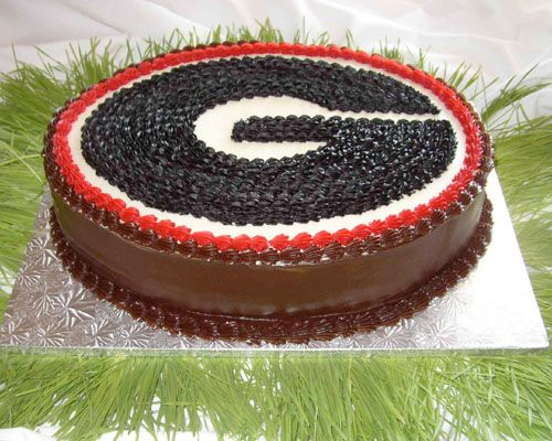 Diane Lovell of Cakes & Catering By Originals is another one of my favorite Atlanta wedding cake bakers. I selected this UGA groom's cake because I graduated from UGA, but if you look at her profile you will see that all of her cakes are lovely and they taste delicious too!